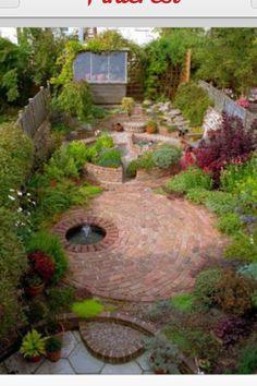 Circular paved courtyard