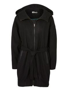 LOOSE FIT jacket, Black from Vero Moda. It seems so comfortable to wear... I want it.