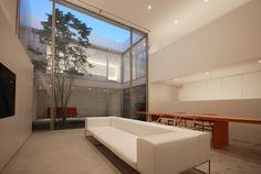Cube Court House by Shinichi Ogawa & Associates