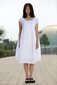 Graceful Loose Fitting Short Sleeve Round Collar Linen by YL1dress