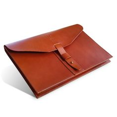 Gizzi Leather creating bespoke, unique, handmade satchels and bags Handmade Leather Wallet, Leather Gifts, Leather Books, Leather Pouch, Leather Satchel, Leather Handbags, Leather Folder, Leather Portfolio, 3d Laser