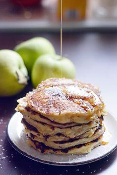 Candy's: Kókuszos-almás amerikai palacsinta Pancake Dessert, My Recipes, Healthy Recipes, Nutella, Pancakes, Bakery, Deserts, Paleo, Sweets