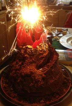 how to make a volcano cake erupt
