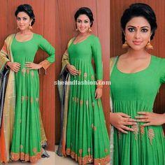 Amala Paul in Designer Gaurang Shah Lehenga for Josallukas store launch