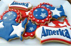 of July America Blue Cookies, Summer Cookies, Iced Cookies, Royal Icing Cookies, Holiday Cookies, Cupcake Cookies, Cookies Et Biscuits, Crazy Cookies, 4th Of July Cake