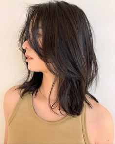 Medium Hair Cuts, Short Hair Cuts, Medium Hair Styles, Curly Hair Styles, Layers On Short Hair, Haircuts Straight Hair, Hair Streaks, Shot Hair Styles, Cut My Hair