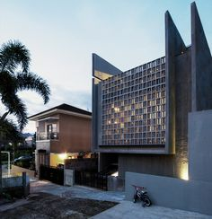 Gallery - Conformable Minimax House in Lembang / eben - 5