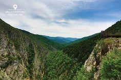 Maceracı kişiliğinize kulak verin ve dünyanın en derin kanyonlarından Valla Kanyonu'nun tadını çıkarın. Burası doğaseverler için harika bir manzara sunuyor. #kastamonu #kastamonutravel #vallakanyonu