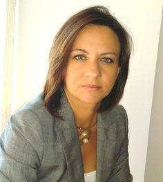 #Entrevista a MÓNICA PÉREZ Directora Mercado Químico-Farmacéutico en Aqualogy  Léela haciendo clic en la imagen.