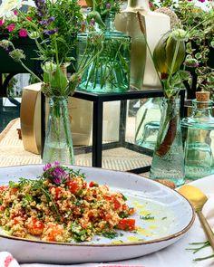 #vorspeise #couscous #nobake #taboule #salad #maindish #starter #kulinarik #rezeptideen #soulfood #guteküche #hausmannskost #einfacherezepte #esskultur #kochrezepte #kochen #kochenmachtspaß #diykitchen #speisen #speisundtrank #rezeptezumnachmachen #cooking #schnelleküche #schnellerezepte #blitzrezepte #spezielleernährung #weltküche #zubereitungsart #vegan #veganfood #veganeküche #veganrecipe #veganerezepte #nomeat #vegetarian #vegetarianfood #vegetarianrecipe #vegetarisch #vegetarischeküche Kraut, Table Decorations, Furniture, Home Decor, Vegetarian Cooking, Vegane Rezepte, Light Summer Meals, Chef Recipes, Cooking