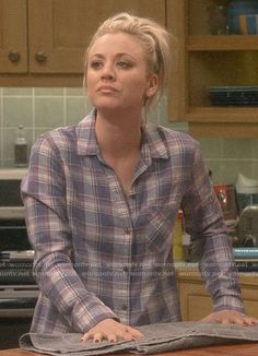 """The Big Bang Theory """"The Laureate Accumulation"""" Fashion: Season 12 Episode 18 Black Plaid Shirt, Striped Jeans, Blue Plaid, Big Bang Theory Penny, Burgundy Suit, Forever 21 Fashion, Nike Pro Women, Asos Boots, Kaley Couco"""