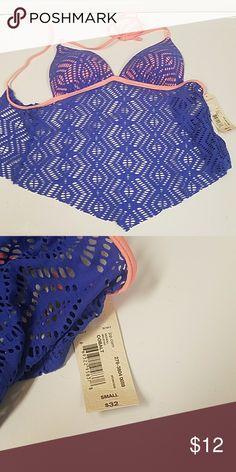 Adorable swim top - NWT! Neck & back ties. Molded cups. Royal blue with peach trim. Arizona Jean Company Swim