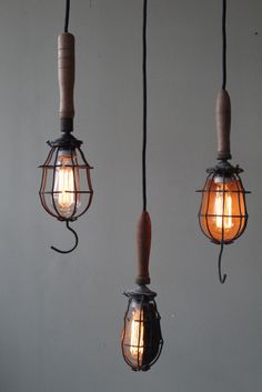 Add a little confetti to each day°. Rustic Lighting, Vintage Lighting, Cool Lighting, Lighting Design, Pendant Lighting, Industrial Lighting, Magic Places, Steampunk Lamp, Vintage Industrial