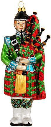 Christmas in the Highlands Tartan Christmas, 12 Days Of Christmas, Country Christmas, Christmas Carol, Vintage Christmas, Christmas Ornaments, Christmas Traditions, Christmas Themes, Christmas Decorations