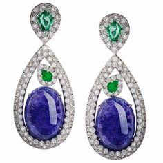 #thaliaexarchou #earrings #gold #diamond #emerald #tanzanite #cabouchon #design #unique #handmadejewelry #handmade #set #blu #green #instalike #instajewelry #luxury #luxuryjewels #gems #fashion #jewellery #jewelry #womens #gift #skg #thessaloniki #russia #gioelli #amazing