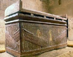 Sarcophage d'Horemheb en granit rose -