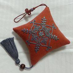 #stitching #embroiderydesign #자수소품#태슬 #프랑스자수배우기