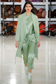 5 главных трендов Нью-Йоркской недели моды: что мы будем носить следующей весной | Журнал Harper's Bazaar