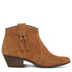 Shop Women's Carleton Ankle Boot Tan today at Timberland. The official Timberland online store. Free delivery & free returns.