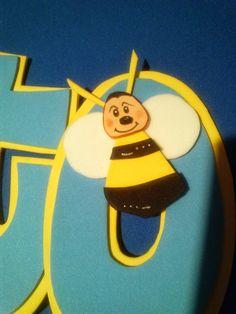 Nombre Alberto / Osito Forever Friends / Goma EVA / Craft Foam / A Mano / Handmade / Personalizado / Diferente / Unique. www.gomaindociles.com