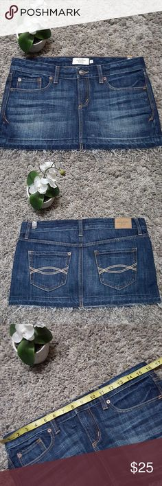 💖🆕️Abercrombie & Fitch Denim Skirt sz 2 New   Shop with confidence I'm a Posh Ambassador 🤗 Will ship next business day Abercrombie & Fitch Skirts Mini