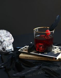 The Raven Cocktail — The Jewels of New York