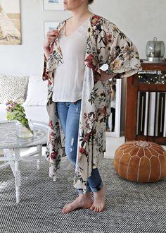 Kimono / Mekkotehdas / Eurokangas Sewing Projects, Kimono Top, My Style, Women, Fashion, Moda, Fasion, Fashion Illustrations, Fashion Models