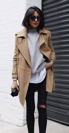 Women's street style | Casual fall outfit idea | Tan peacoat, black skinny jeans, high neck sweatshirt | #casualstyle #fallstyle