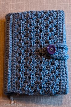 Pattern, Book cover: 'Pithy' pattern idea - you will have to adjust the pattern to the size of your book and yarn you are using