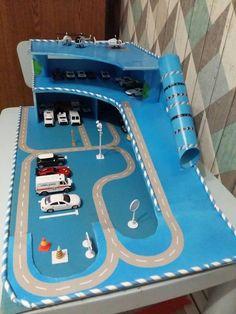 Toy Garage with Cars . toy Garage with Cars . Projects For Kids, Diy For Kids, Crafts For Kids, Diy Projects, Toy Garage, Cardboard Toys, Lego Friends, Diy Toys, Toddler Activities