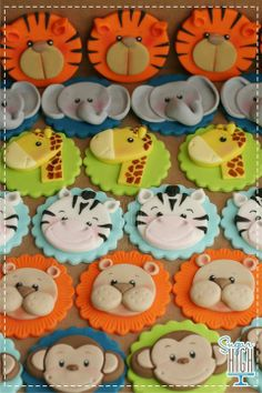 Themed Cakes and Cupcakes: Wild Inspiration! Cupcake Toppers Featuring Various Zoo AnimalsCupcake Toppers Featuring Various Zoo Animals Jungle Theme Cupcakes, Jungle Cake, Animal Cupcakes, Themed Cupcakes, Jungle Party, Jungle Safari, Jungle Print, Safari Party, Fondant Cupcake Toppers