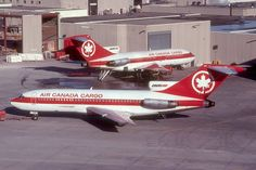 C-GAGX 727-22C of Air Canada Cargo on 27 February 1981 Canadian Airlines, Air Transat, Cargo Services, Cargo Aircraft, Boeing 727, Air Photo, Cargo Airlines, Military Humor, Military Vehicles