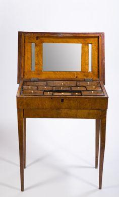 Biedermeier Dressing Table : Lot 9