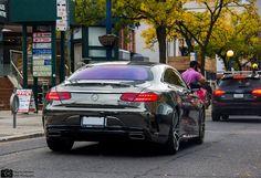 Drake má novučičký Mercedes v chrómovej fólii s úpravami od Brabusu!