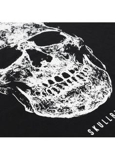 Skull Blacklight- Black