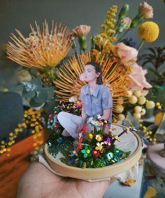 Josefina Jiménez (@jojimenez) • Fotos y vídeos de Instagram Snow Globes, Table Decorations, Instagram, Furniture, Home Decor, Decoration Home, Room Decor, Home Furnishings, Home Interior Design
