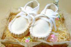 Baby felt shoe pattern
