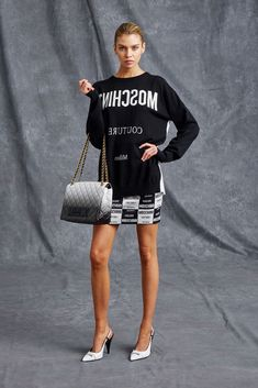 Moschino Resort 2016 Collection Photos - Vogue