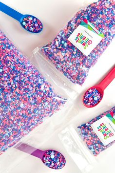 Cotton Candy sprinkle mix with real cotton candy bits in bulk! All of our sprinkles are sold in retail and bulk bags from to and cases. Bulk sprinkles for all the bakeries FTW! I Sweets & Treats Candy Sprinkles, Sugar Candy, Sprinkle Cookies, Cupcake Cookies, Cupcake Wars, Sugar Cookies, Fruit Party, Candy Party, Party