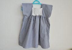 dress, size 2 years. la casetta in Canadà