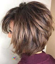 Totally Trendy Layered Bob Hairstyles For 2019 ★ Check out these stylish layered bob hairstyles for a daring and bold new look. Ideal for those who are tired of boring and unmanageable hair. Latest layered bob hairstyles gallery are really universal. Bob Hairstyles For Fine Hair, Layered Bob Hairstyles, Hairstyles Haircuts, Teenage Hairstyles, Trending Hairstyles, Hairstyles Pictures, Graduated Bob Haircuts, Gorgeous Hairstyles, Latest Hairstyles