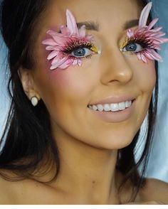 Pin by estrellita vogel on creative ideas in 2019 flower makeup, halloween makeup Rave Makeup, Sfx Makeup, Makeup Art, Beauty Makeup, Exotic Makeup, Cheer Makeup, Makeup Geek, Makeup Goals, Makeup Inspo