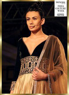 #ManishMalhotra, #fashion, #Fashionshow #Fashionandstyle #Style #ICW2014 @thefdci, #LisaHayden #BridalOutfits #BridalJewellery #BridalShopping