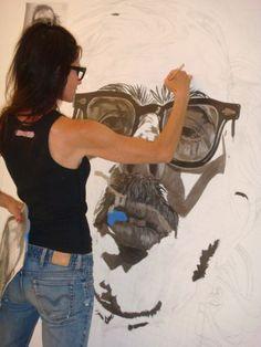 Alison Van Pelt paints Chuck Close