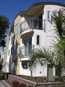 Mission Beach Condo Rental: Mission Beach, Gorgeous Upper Scale, 3 Bed/3bth Vacation Home   Might be my favourite and most affordable. Not right on the beach though :/
