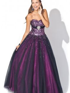 Sweetheart Strapless Neckline Ball Gown Prom Dress with Lace up Bodice