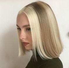 "Juniper or ""June. Hair Color Streaks, Hair Dye Colors, Hair Streaks Blonde, Hair Inspo, Hair Inspiration, Clavicut, Cabelo Inspo, Hair Reference, Aesthetic Hair"