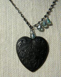 Heart pendant necklace simple jewelry aqua por SongbirdCabinDesigns, $24.00