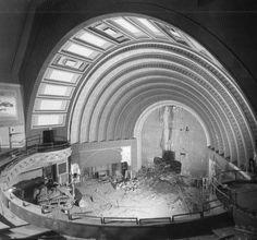 vintage everyday: Vintage Photos of Beautiful Buildings Being Demolished