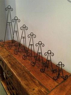Absolutely beautiful easels ... wholesale only | Vinyl Related Goods ...